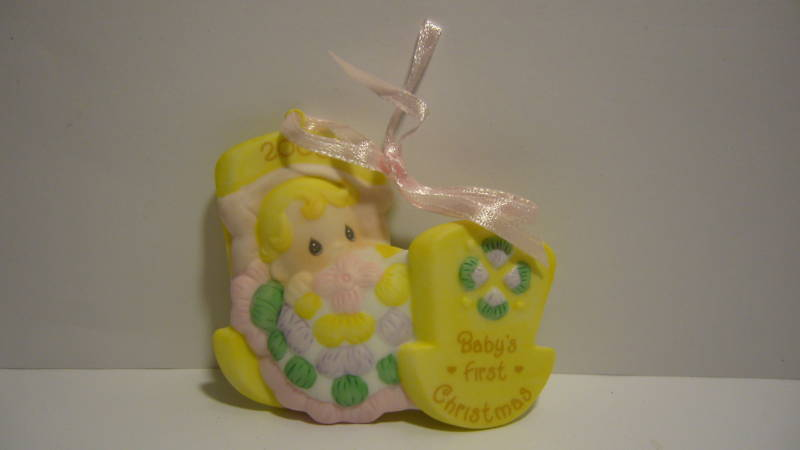Avon Precious Moments Ornament - 2003