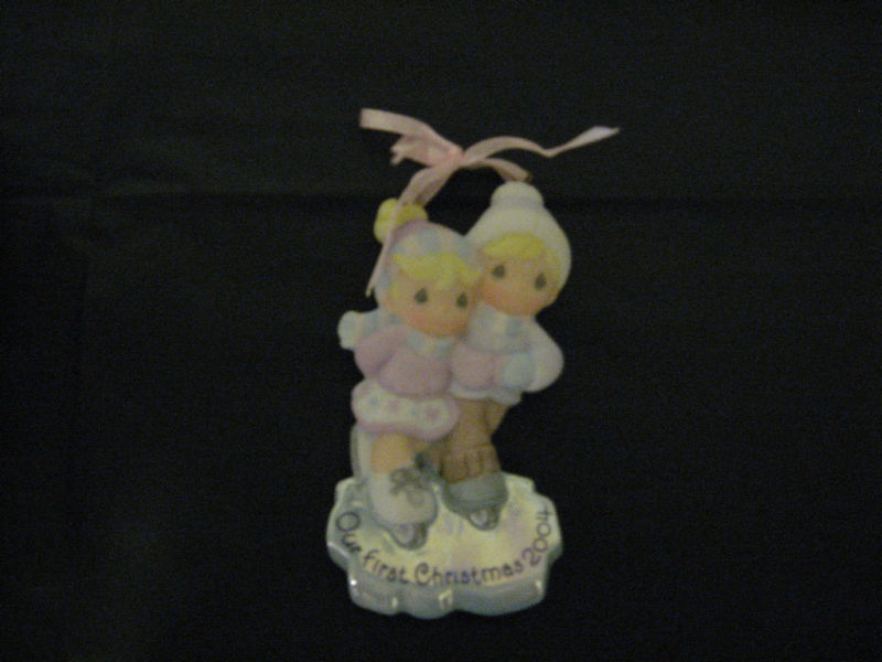 Avon Precious Moments Ornament - 2004 Skaters