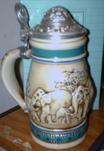 Avon Asian Elephant Stein
